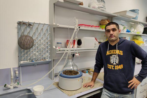 Indehesa, pionera en la investigación del aceite esencial de jara pringosa (Cistus ladanifer)